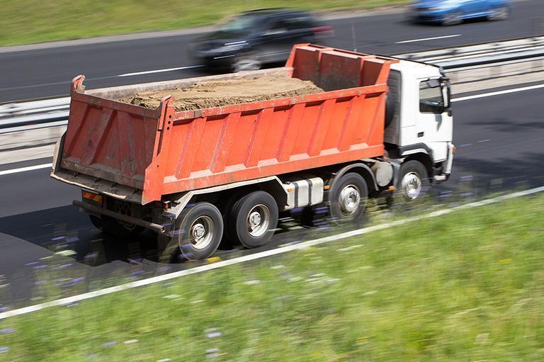 Transport kruszyw orazmateriałów sypkich 24H